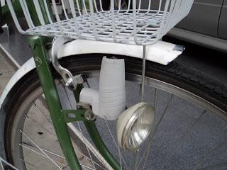 頭燈細節,圖片來源:http://tinyurl.com/musu9e5